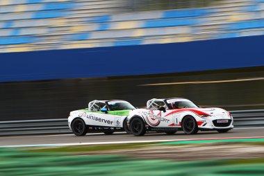 András Király - IL Motorsport - Mazda MX5 vs. Marcel Dekker - Dekker Racing - Mazda MX5