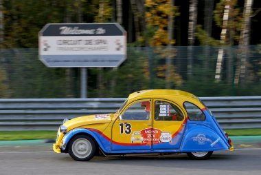 Méhari 2cv Passion Racing Team