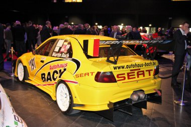 Martin Bach - Seat