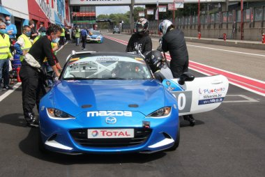 Dubois/Daenens/Wauters - Mazda MX5 Cup