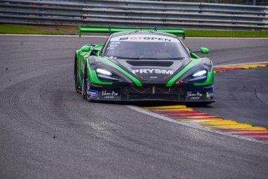 Optimum Motorsport - McLaren 720S GT3