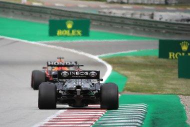 Lewis Hamilton versus Max Verstappen