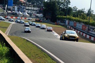 Truck GP: De races van de Ford Fiesta Sprint Cup in beeld gebracht