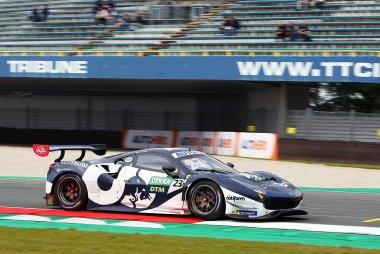 Alexander Albon - Ferrari