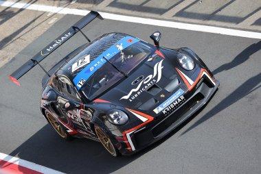 Red Ant Racing - Porsche 992