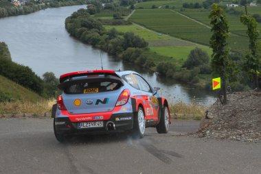 Rallye Deutschland: Eerste WRC zege van Neuville