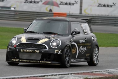 Michalakis/Van Samang/Serck - Mini Challenge