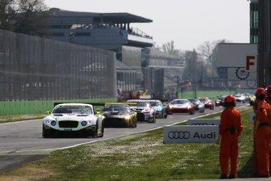 start 2015 Blancpain Endurance Series Monza