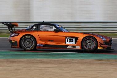 V8 Racing - Mercedes SLS AMG GT3