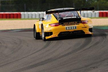 Schütz Motorsport - Porsche 911 GT3-R
