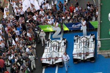 podium Porsche Team 24H Le Mans 2015