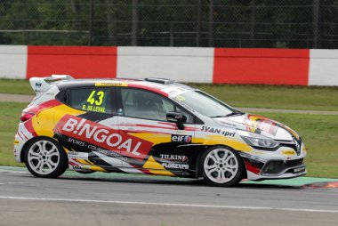Romain de Leval - Renault Clio Cup