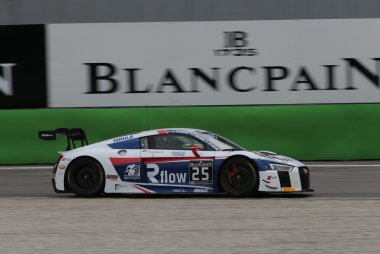 Sainteloc Racing Audi R8 LMS