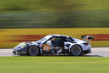 Abu Dhabi-Proton Racing - Porsche 911 RSR