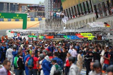 Pitlane na finish 24 Heures du Mans 2016