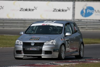 Fast and Fun - Volkswagen Golf V Cup TDI