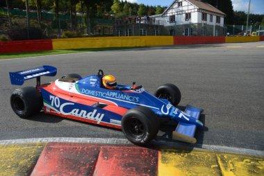 Loic Deman - Tyrrell 010