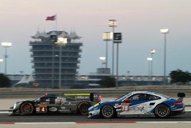 ByKolles Racing & KCMG - CLM P1/01 AER & Porsche 911 RSR