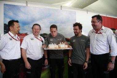 Verjaardagstaart Stoffel Vandoorne van McLaren