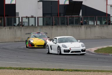 Jeffrey Van Hooydonk / Filip Tuenkens - Porsche Cayman GT4