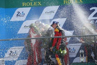 Champagnedouche podium LMGTE Am