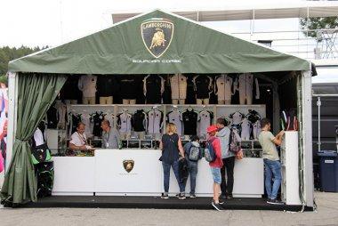 Squadra Corse verkoopstand