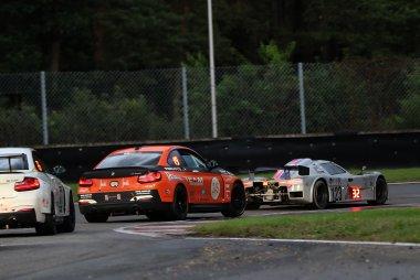 MSE en Racing Bullet Circus - BMW M235i en Saker RAPX