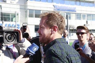 Sebastian Vettel op de startgrid van DTM race