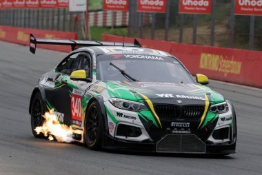 VR Racing by Qvick Motors - BMW M2 V8 MARC Cars