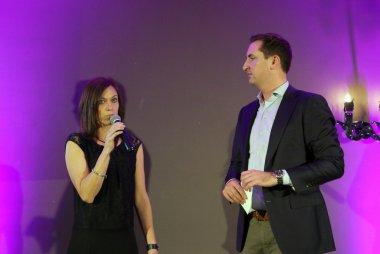 Nicole Nagel - Robert Van Barneveld