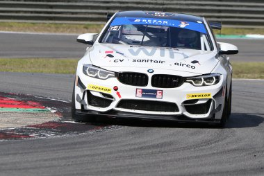 KDW Racing Team - BMW M4 GT4