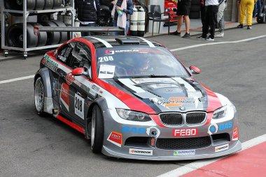 JR Motorsport - BMW E92 V8