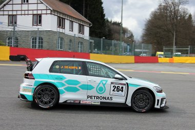 DK-Racing powered by FMA - Volkswagen Golf TCR