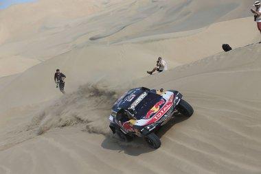 Markante beelden uit de Dakar Rally 2019 van Willy en Nick Weyens
