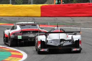 Porsche GT Team vs. Toyota Gazoo Racing - Porsche 911 RSR vs. Toyota TS050 Hybrid