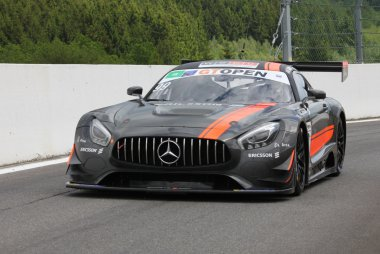 Sports and You - Mercedes AMG GT3
