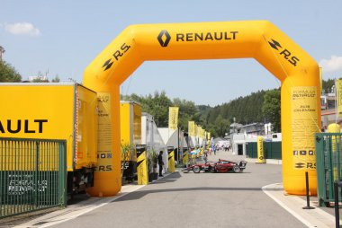 Renault Paddock