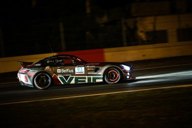 Veidec Silver Eagle Racing by Getspeed - Mercedes-AMG GT4