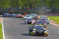 Start 2018 BGTS Sprint Cup Brands Hatch Race 2