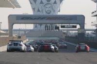 Start race 1 Gulf 12 Hours 2018