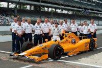 Alonso en zijn McLaren-Honda-Andretti team