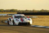 WeatherTech Racing - Porsche 911 RSR