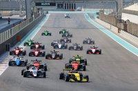 Start race 2 Abu Dhabi