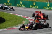 Ricciardo voor Räikkönen en Hamilton