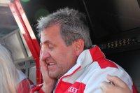 ... of lukt Team Phoenix-baas Ernst Moser de dubbelslag?