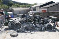 De volledig uitgebrande Audi A4
