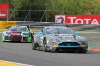R Motorsport - Aston Martin V12 Vantage