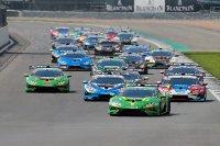 Start Lamborghini Super Trofeo Silverstone Race 1