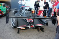 Schade aan de achtervleugel en diffuser bij Russell Racing