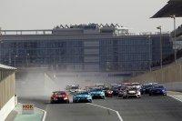 Start TCR race 1 Dubai